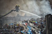 V mariborski Surovini znova goreli odpadki