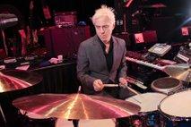 V 60. letu je umrl bobnar skupine R.E.M.