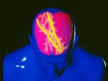 Samo tri skodelice na dan lahko sprožijo migreno