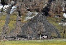 Na Tirolskem zaradi plazu evakuirali več ljudi
