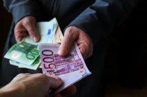 'Imeti moramo ničelno toleranco do finančnih 'lumparij', ki uničujejo gospodarstvo'