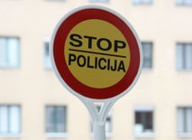 Sindikat policistov svari pred goljufivo založbo