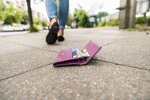 Teden je preživela brez denarnice. In to je ugotovila