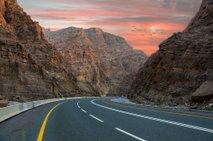 Ste za roadtrip po Združenih arabskih emiratih?