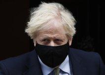 Johnson odpovedal udeležbo na pogrebu princa Filipa v korist kraljeve družine