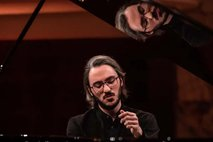 Pianistični virtuoz Aleksander Gadžijev drugi na Chopinovem tekmovanju