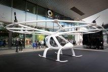 Združitev Volocopterja in Geelyja, da bi leteči avto čim prej poletel