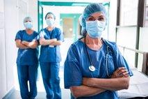 Sindikati Gantarju očitajo favoriziranje zdravnikov: 'Ob stavki bi bil kolaps sistema popoln'