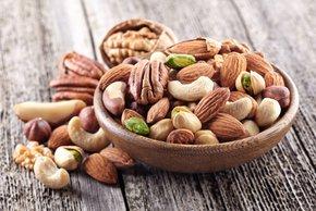 Presenetljiv učinek rednega uživanja oreščkov