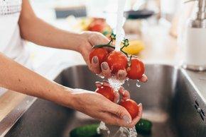 9 zdravstvenih stanj, ki se lahko poslabšajo, če jeste paradižnik