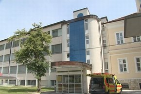 Hrvatice na splav prihajajo v Brežice