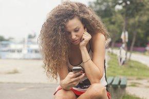 Nevarnosti družbenih omrežij, ki jih kot starši morate poznati