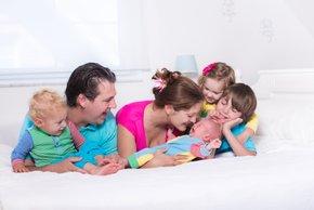 Slovenija ima posebno zaščito otrok tudi v ustavi