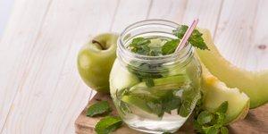 Pozabite na vodo z limono, to je nov hit napitek, ki pomaga pri hujšanju
