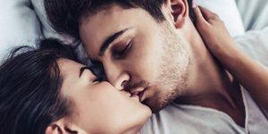 Horoskop: 3 pari, ki se v ljubezni najbolje ujamejo