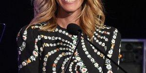 51-letna Julia Roberts v mini krilu dokazala, da so leta samo številka