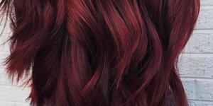 Barva las, ki smo jo nosile včasih, je spet 'in'