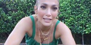 Hlače, ki jih nosi J.Lo, napovedujejo povratek velikega trenda