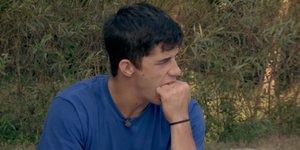 Kmetija: Franko vrgel oči na Laro