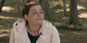 Ženski prepir na Kmetiji: 'Jaz samo še čakam, da bo Kmetijo vrglo v zrak!'