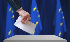 DVK potrdila vseh 14 vloženih kandidatnih list za Evropske volitve