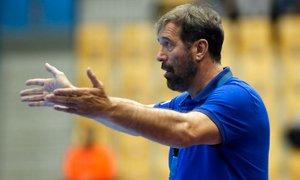 Vujović odstopil z mesta trenerja: Igralci niso imeli niti za sok in čokoladico