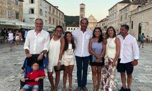 11-letnico in petletnika s Hvara bodo premestili v bolnišnico v Rim