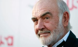Umrl je slavni škotski igralec Sean Connery