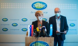 Na izrednem kongresu DeSUS bo Pivčeva ponudila glasovanje o nezaupnici