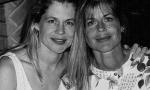 Linda Hamilton žaluje za sestro dvojčico