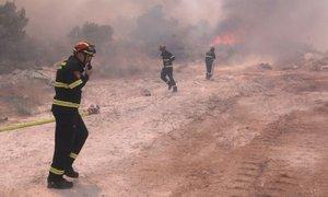 Obsežen požar pri Trogirju povzročila iskra na daljnovodu