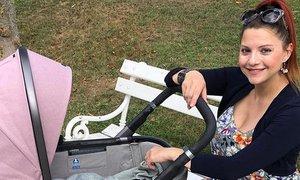 Tanja Žagar delila prve fotografije s hčerko