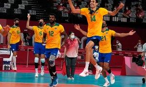 V odbojkarskem polfinalu ROK, Brazilija, Argentina in Francija