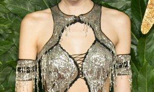 Seksi prosojnost zlate Kendall, slavila hči Cindy Crawford