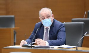 Minister zagotavlja: Pokojnine se bodo višale, ne nižale