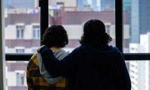 Od nasilne družine pobegnili še dve Savdijki, zdaj 'ujeti' v Hongkongu