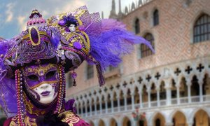 S karnevalskim vlakom v Benetke