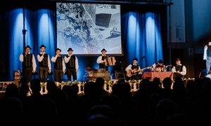 'Mladi čutijo narodno-zabavno glasbo globoko v sebi'