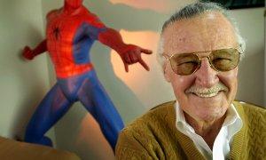 Umrl Stan Lee, oče številnih stripovskih junakov