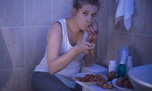 'S hrano sem se začela tolažiti, ko v moji zvezi ni vse štimalo.'