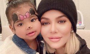 Hčerka Khloe Kardashian velika navdušenka nad selfiji
