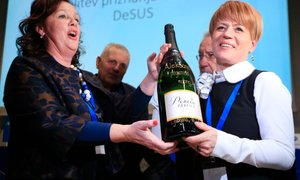 Prva ženska na čelu DeSUS v stranko prinaša svežo energijo