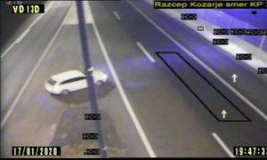 VIDEO: Na razcepu Kozarje obrnil in zapeljal po nasprotnem pasu avtoceste