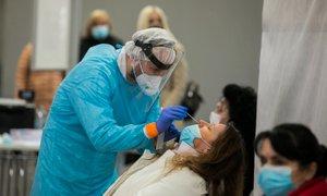 V soboto potrdili 292 novih okužb, delež pozitivnih ostaja enak