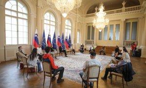 Pahor protestnikom: Kadar se zdi, da je dialog izčrpan, se je treba vrniti k ...