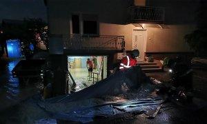 V dveh urah na območju Domžal kar 851 klicev na pomoč