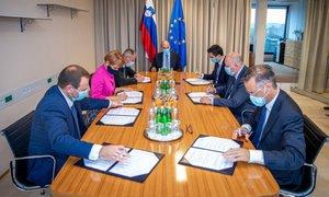 Koalicijske stranke s SNS in poslancema manjšin podpisale sporazum o sodelovanju