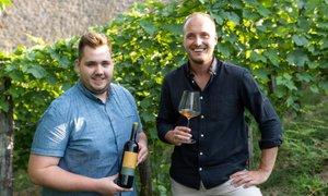 Mladi za prepoznavnost lendavskih vin: 'Pridelujemo vina, to delamo z ...