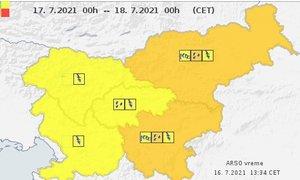 ANIMACIJA: Konec tedna v znamenju neviht, za vzhod Slovenije oranžno opozorilo