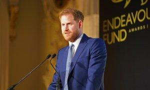 Princ Harry pozval k popolnemu preoblikovanju družbenih omrežij